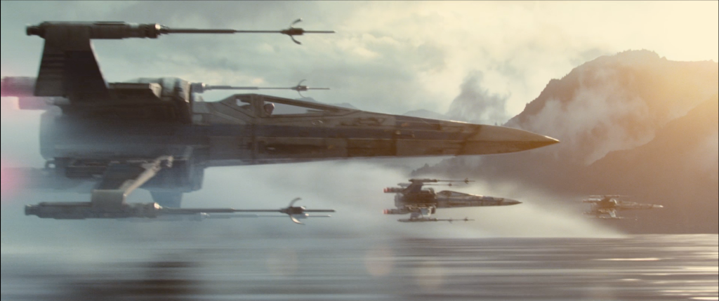 Star_Wars__The_Force_Awakens_-_Movie_Trailers_-_iTunes_2